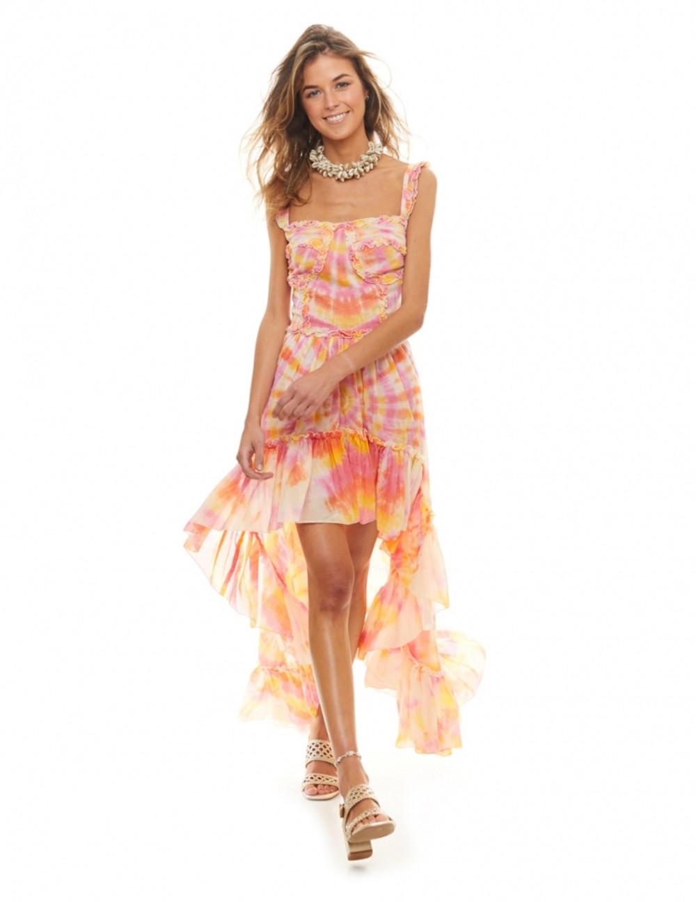 El vestido Rainbow es una mezcla explosiva de colores en un delicado estampado tie-dye elaborado con técnicas naturales. Sin duda el estilo más desenfadado y sexy para este verano. Alabama Shop