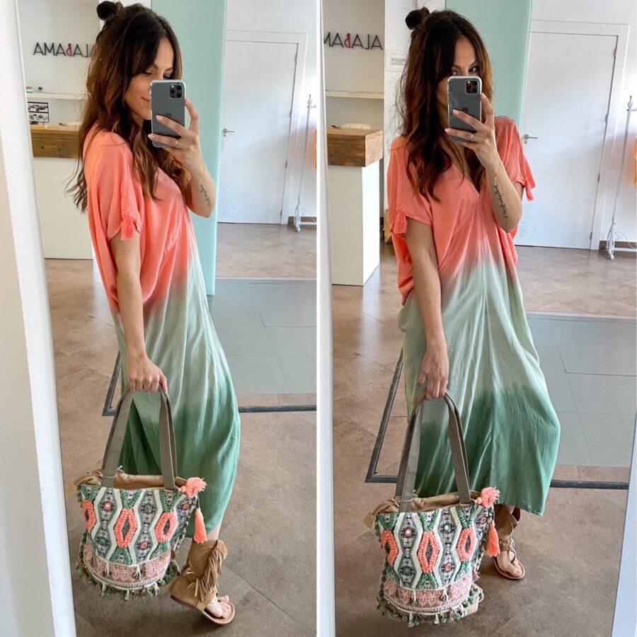 Vestido/kaftan hecho a mano en Bali. Talla Única. Composición: 100% rayón de primera calidad. Alabama Shop