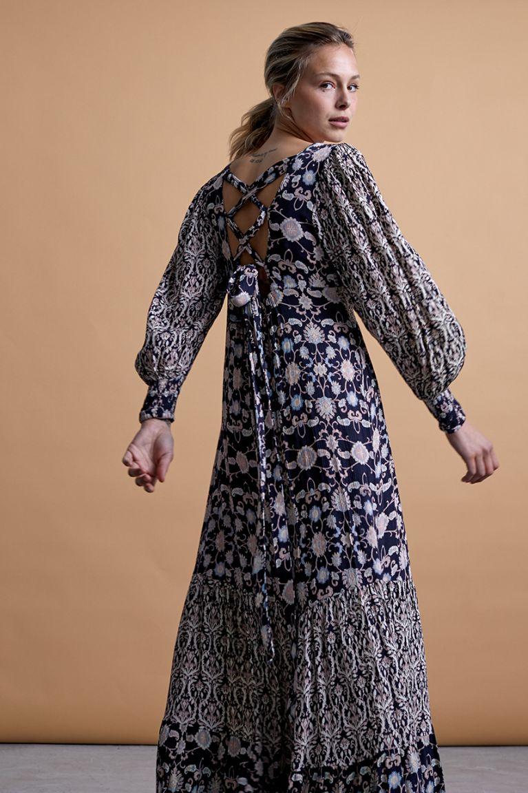 Vestido largo de viscosa combinado. Espalda con lazada. Alabama Shop
